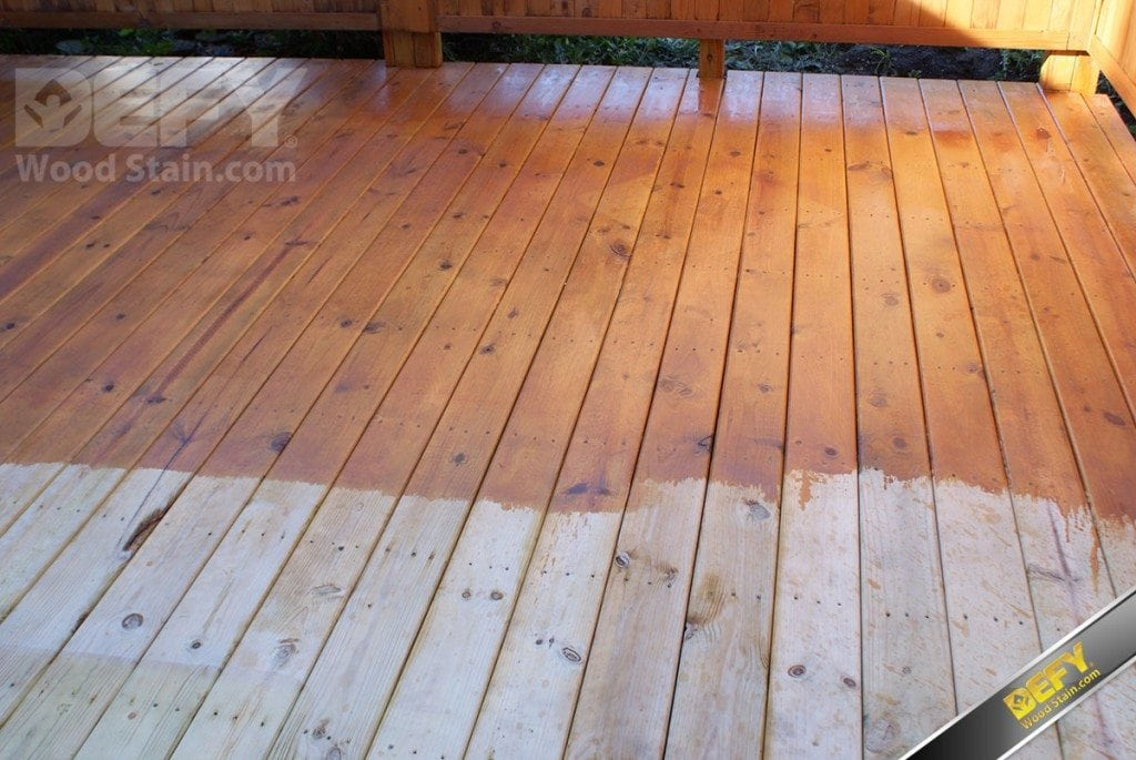 //www.duvalpaint.com/wp-content/uploads/2019/01/defy-extreme-cedartone-deck-partially-stained-1024x6851.jpg